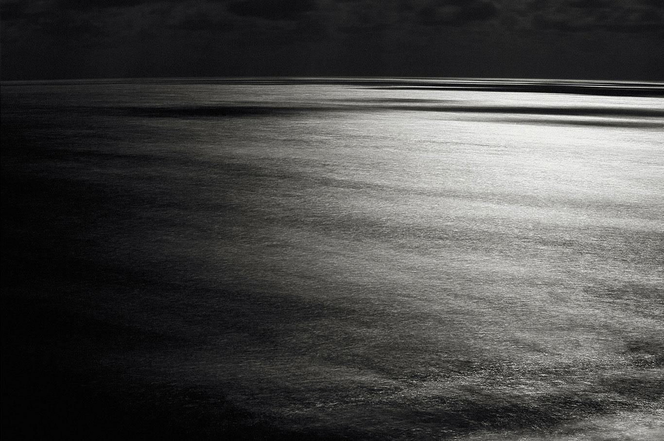 Nocturne-#6348-·-2014-·-unique-C-print-·-105-x-145-cm