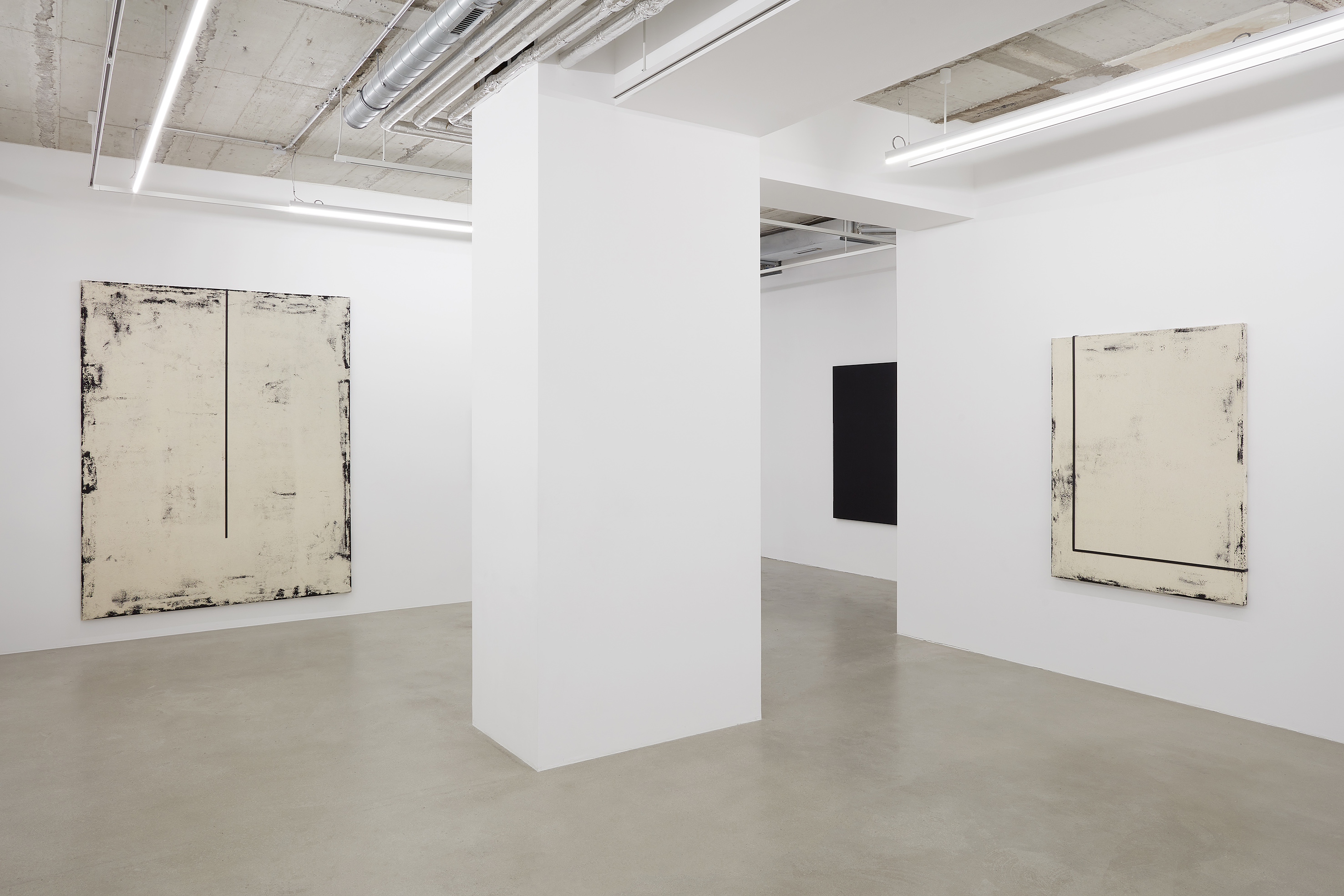 Installation view Laura Sachs conversations 2020 at Setareh X